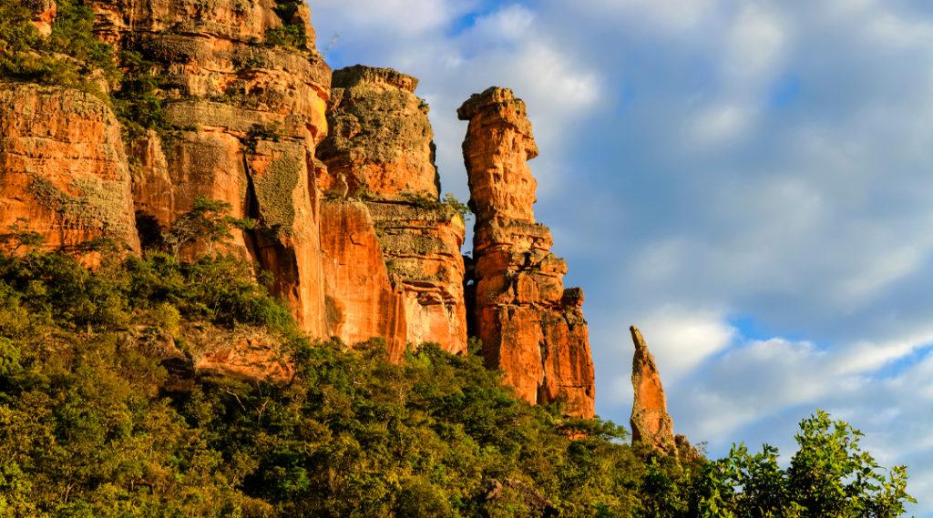 Belas paisagens da serra roncador localizada em Mato Grosso - Brasil. Pontos turísticos do Centro-Oeste