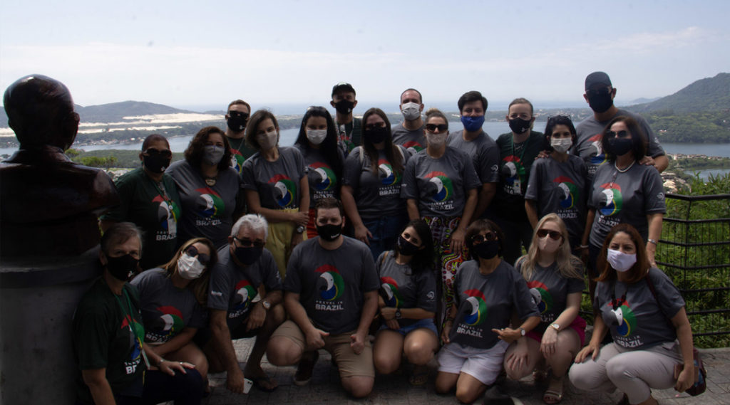foto equipe travel in brazil
