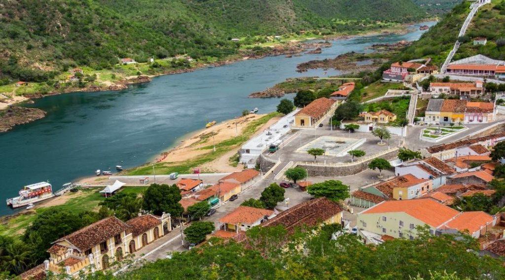 Foto de um mirante da cidade de Piranhas - Alagoas. A cidade piranhas e seu centro histórico nas margens do Rio São Francisco.